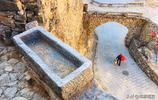 """深山藏千年石頭村,依山而建被稱太行山中""""布達拉宮"""""""