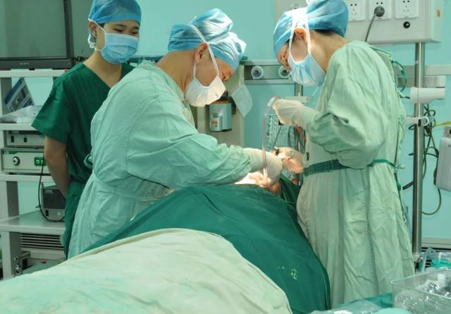4歲女童下肢壞死,連做3次手術保命!這習慣很多人有,近期千萬注意