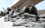 唐山大地震主題雕塑,震撼心靈!
