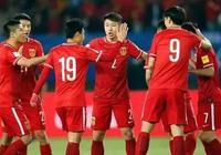 中國足球一天內兩鬧笑話,郝海東很無奈:足球和中國足球是兩碼事!