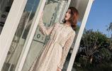 潮流時尚穿搭:復古溫柔花邊釘珠蕾絲連衣裙,秋冬想要穿出甜美範