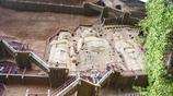 著名禪僧玄高、曇弘在此講學,被譽為東方雕塑藝術陳列館的石窟——麥積山石窟