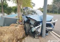 車頭被撞爛,防凍液漏了對車有影響嗎?需要注意哪些問題?