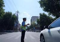 """烈日下的西峽""""焦""""警"""