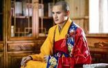 中國最帥的和尚,無數富婆開法拉利豪車追求,29歲受不了決定出家