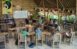 盤點全球最奇葩學校:有太陽能船帶學生上學,有人體發電學校