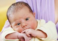4個月寶寶對玩具沒興趣,媽媽感覺不對勁,醫生:感謝你的第六感