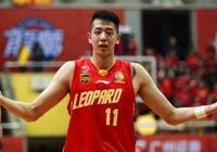 他大帽易建聯一戰成名 如今或成為中國男籃最大黑馬!