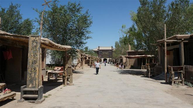 敦煌影視古城,細細體味歷史,感受與中原古城不一樣的文化