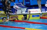 帥,中國首冠!游泳世錦賽,小將徐嘉餘勇奪男子100米仰泳金牌!