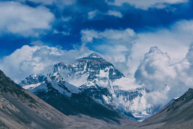 珠峰大本營關閉了,我翻出6年前那裡的照片!