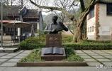 黿頭渚公園內有一座聶耳亭,是人民音樂家聶耳生前住過的小閣樓