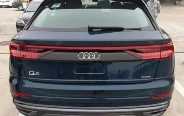 新車奧迪比寶馬X6還大,配3.0T+四驅,還看啥蘭德酷路澤