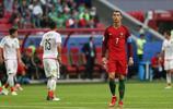 從C羅的表情就能看出,聯合會杯葡萄牙對戰墨西哥這場比賽很無奈