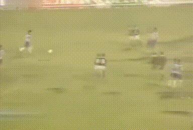 狂奔70米!阿奇姆彭利用速度連過4人完成破門!拉拽,飛鏟都擋不住,你怎麼看?