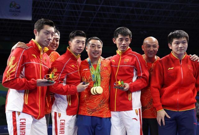 中國乒乓球厲害,乒乓球運動員開的車更厲害