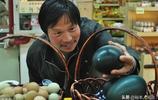 """超市裡面賣""""稀罕物"""",個頭比雞蛋大一枚422元,網友表示吃不起"""
