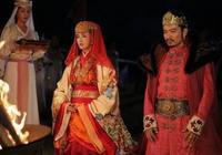 史上最悲催皇后,皇帝死後嫁給兒子,被親兒子羞辱選擇自殺保名節