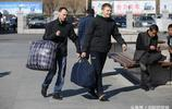 俄羅斯人們到中國把這些運回國後,卻在俄羅斯大賺一筆