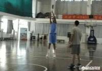 廣東青年隊徐昕,身高超過2.17米,天賦異稟的他有望接班易建聯嗎?