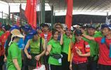 廣東東莞:萬人登山大賽,我們在現場