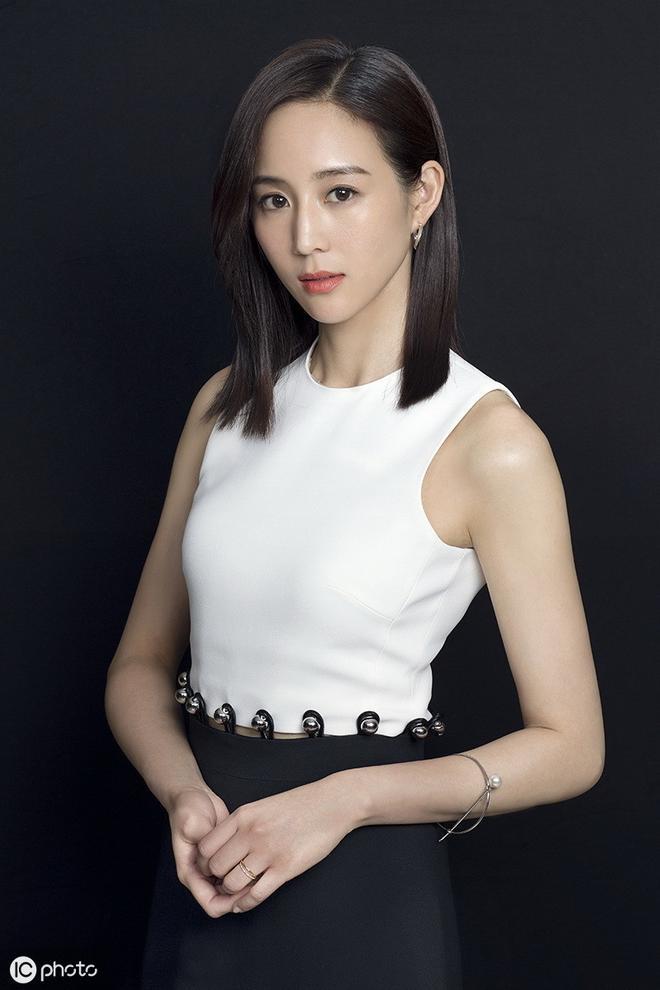 37歲張鈞甯,氣質美女,網友:怎樣都無法掩蓋她的女神風範!