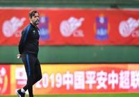 中國足球要感謝他!西班牙名帥再出1壯舉:中超一場比賽上3名U19
