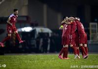 國足可能自己出不了線,但因為兩場勝局淘汰韓國和烏茲別克?