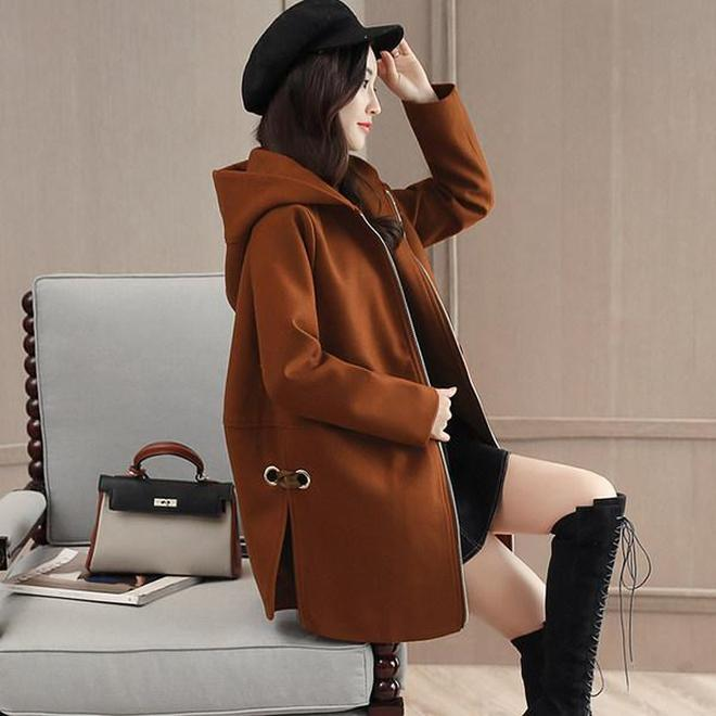 讓腰肥腿粗的35+女性也能穿出苗條感的收腰外套,是11月人氣單品