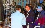 老照片:詠春拳宗師葉問葬禮現場,愛徒李小龍出鏡,現場大佬雲集