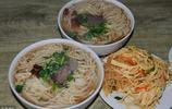 中國性價比最高的美食,牛肉拉麵僅需8元,你知道利潤有多少?
