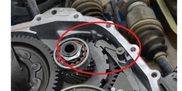 直接從p檔開到D擋給油就走,會傷車嗎?