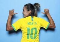 瑪塔超克洛澤加冕世界盃歷史第一射手,網友:跪求女王口紅色號