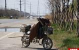 6旬農村老人城市打零工日賺百元 中午不捨得回家睡路邊休息