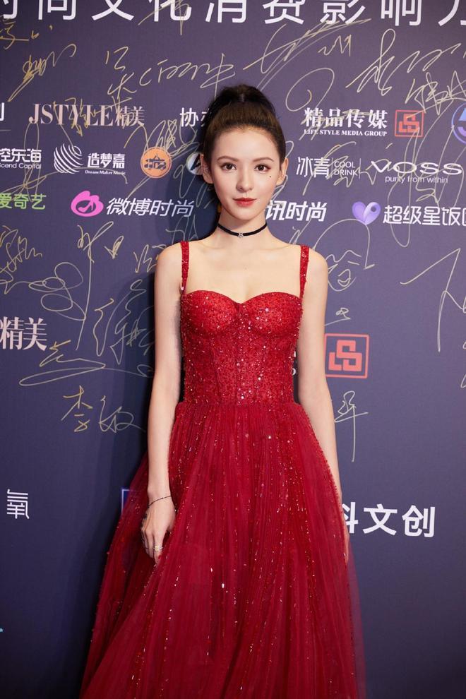 紅顏長裙-張予曦
