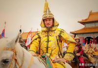 康熙號稱千古一帝,為何吳三桂起兵時不敢御駕親征?