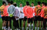 廣州恆大球員在墨爾本備戰,亞冠第4輪恆大客場對陣墨爾本勝利