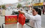 陝南小鎮眾多夫妻開店做蒲溪炕炕饃 只有相愛的人才能做好這塊餅