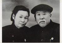 106歲老紅軍、謝覺哉夫人王定國書法手跡欣賞
