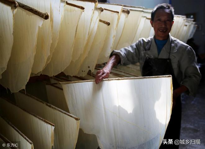 """高峰期每天掙1萬,安徽一農家專做""""稀罕物"""",家裡成了旅遊景點"""
