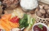 不用出門去韓料店,好吃的韓國拌飯也可以在家做,做法十分簡單
