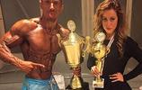 一個是金剛芭一個是肌肉猛男,這對健美夫婦是金牌無敵殺手