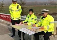 濟寧高速交警魚臺大隊加強宣傳