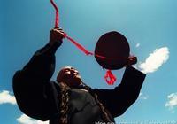 實拍涼山彝族神祕的美姑畢摩文化(圖)