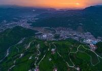遊世界茶旅古鎮 聽宜紅傳奇故事