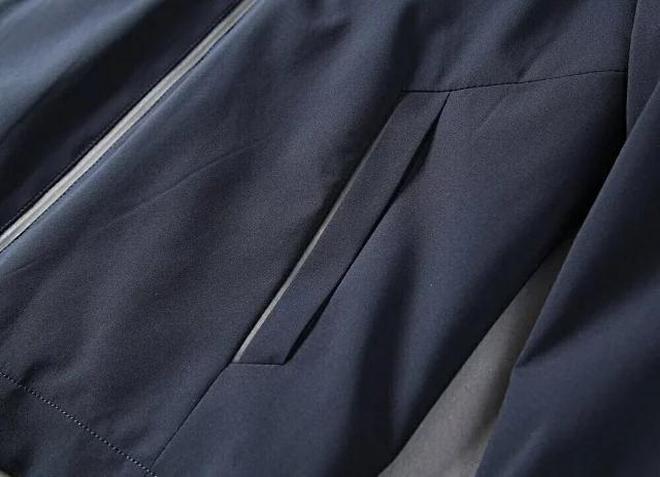 """巴寶莉:一款專為""""父親節""""設計夾克,經典大氣,""""領導""""也愛穿"""