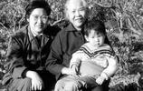 珍稀老照片,李敏與母親珍貴合影