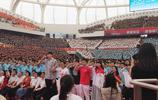 頭條晚報 李曉霞舉辦婚禮 周琦參加上海交大開學典禮
