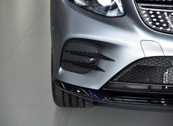 汽車圖集:奔馳GLC AMG 2017款 AMG GLC 43 4MATIC 特別版