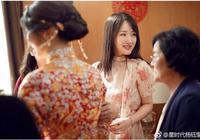 """上世紀""""甜歌天后"""",47歲仍似花季少女,楊鈺瑩托腮盡顯可愛!"""